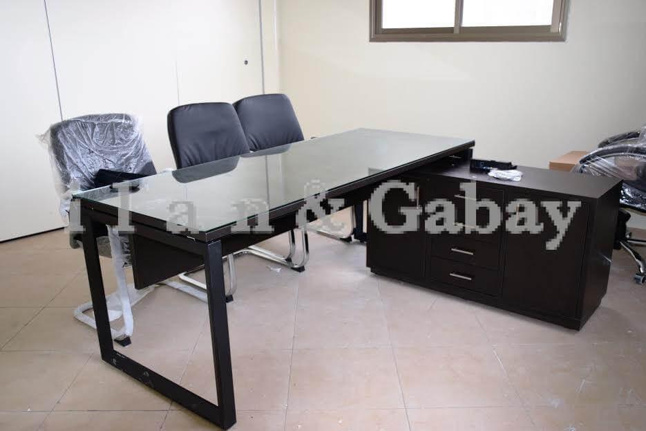 YAALOMA שולחן מנהל + זכוכית