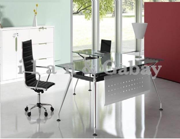 BUG שולחן מנהל בשילוב זכוכית