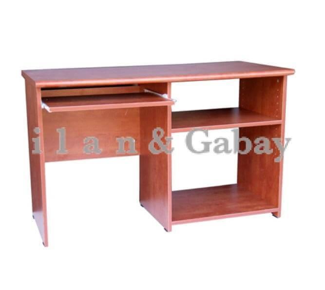 """שולחן מחשב 1.20 ס""""מ"""