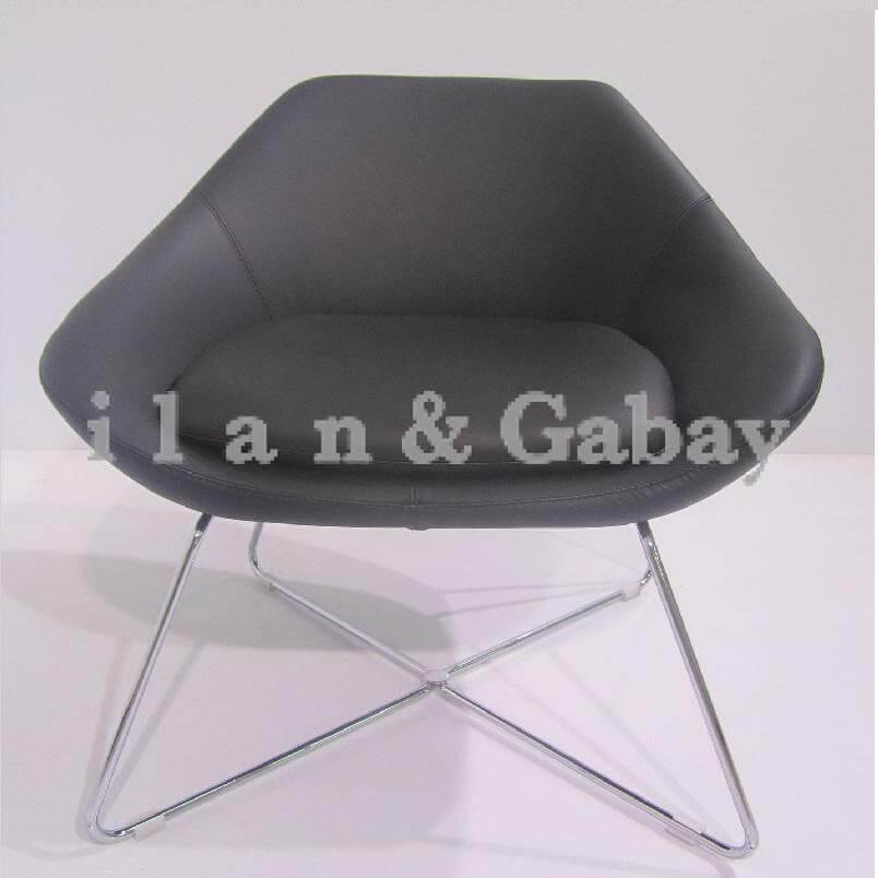 TZOFIT כסא המתנה